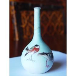 Jarroncito oriental de porcelana