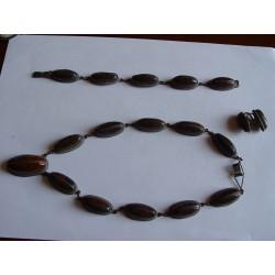 Collar, pulsera y pendientes antiguos de ojo de tigre y plata.