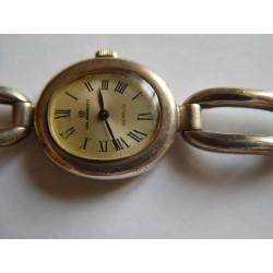 Reloj de señora de plata funcionando con cadena de plata contrastada 800